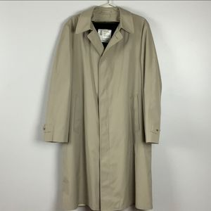 London Fog Maincoats vintage coat with fur lining